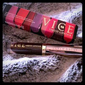NEW Urban Decay Vice liquid lipstick in Blackmail